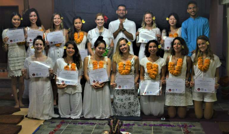 200-hour-yoga-teacher-training-in-bali-bali-yoga-school